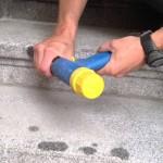 Mechanické opracování a pemrlování žulových schodů