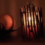 Svícen z klacíků