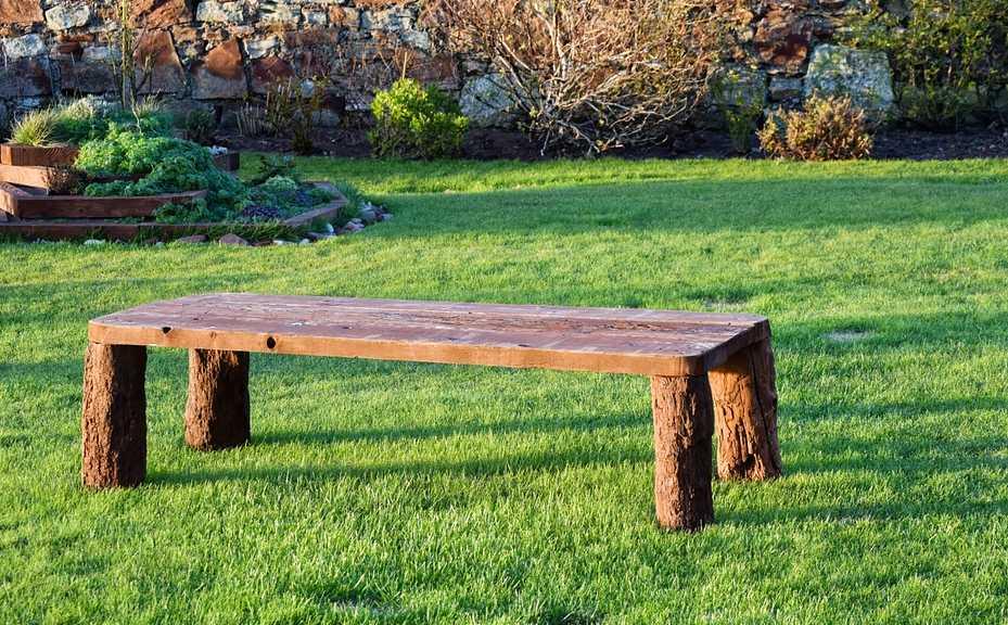 Nohy zahradního nábytku podléhají zkáze nejrychleji, pixabay.com