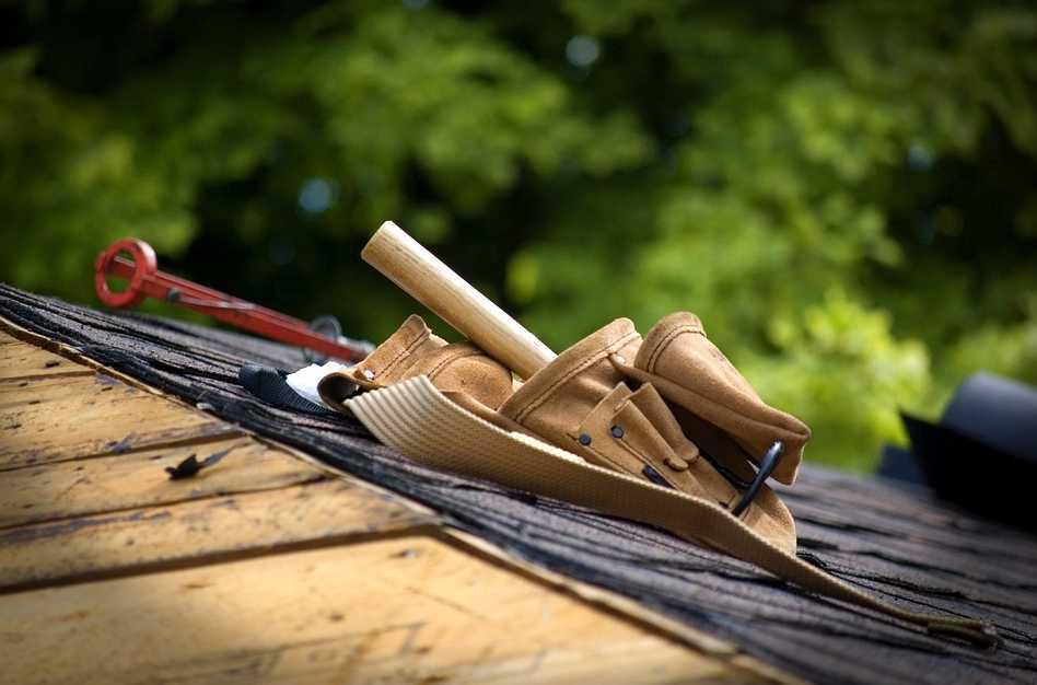 Odštípnutí dřeva při vrtání zabrání dřevěný špalíček, pixabay.com