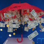 Jak darovat peníze a na co si dát pozor