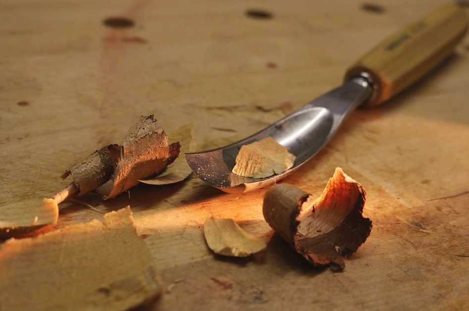 Dřevo patří mezi snadno tvarovatelné materiály, pixabay.com