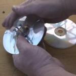 Naviják provázků z CD krabičky