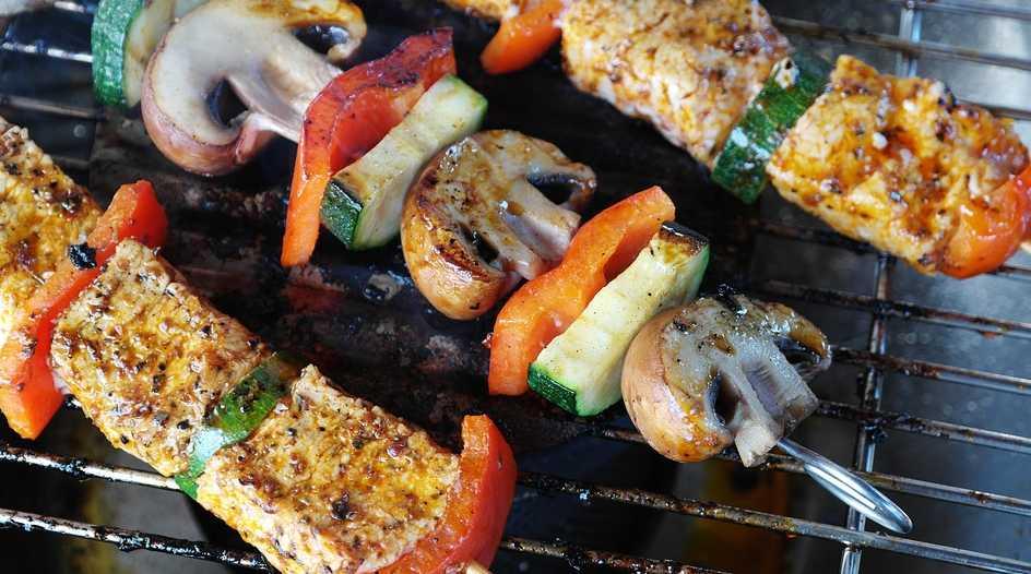 Grilovat můžete cokoli, ale mistrem se stanete je když zvládnete připravit dokonalý steak, pixabay.com