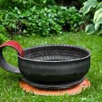 Kreativní využití starých pneumatik na zahradě