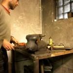 Rovnání damascenské čepele nože po kalení