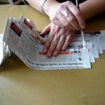 Motání ruliček z papíru vrtačkou