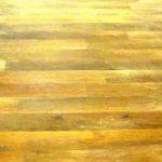 Očištění dřevěné plochy po broušení